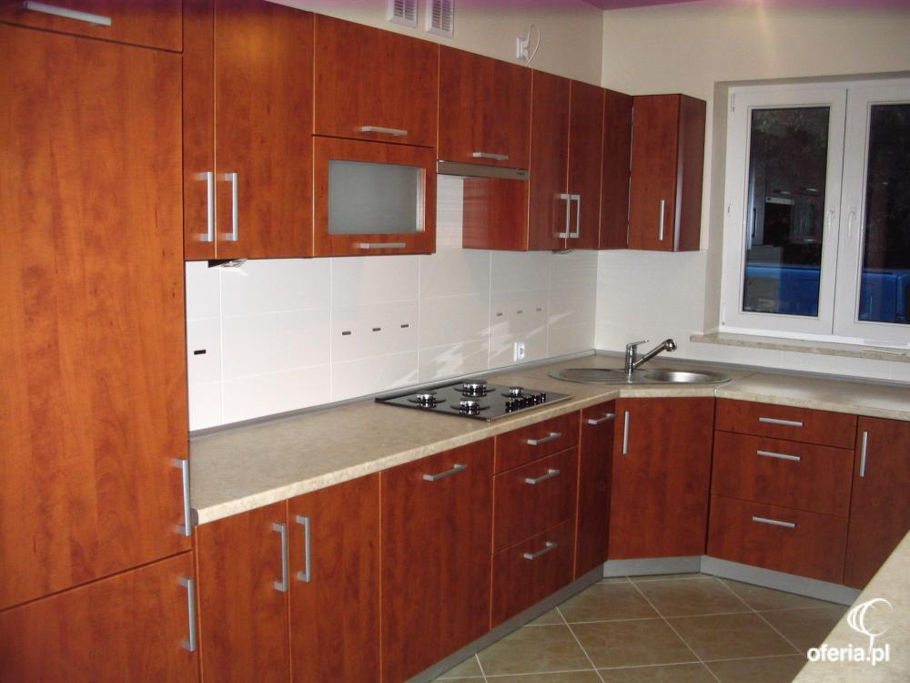 Produkcja mebli kuchennych i szaf przesuwnych radom