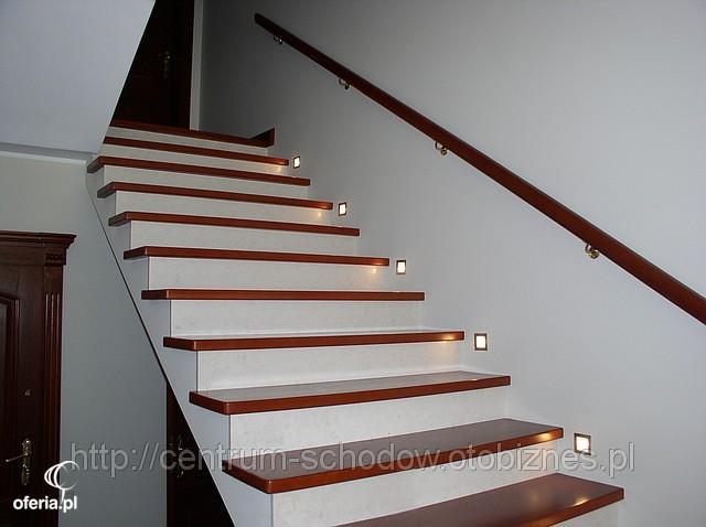 wykonanie drewnianych stopni na schody w grzce wielkie zlecenia. Black Bedroom Furniture Sets. Home Design Ideas